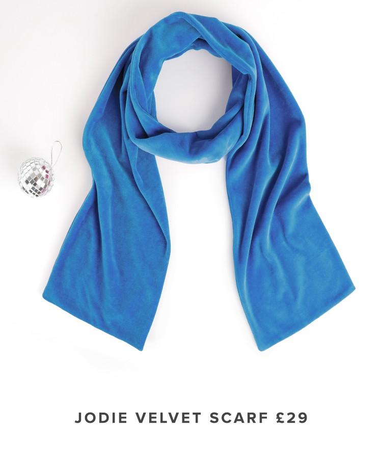 raw-velvet_scarf_small.jpg