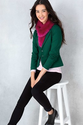 42103_on_figure_forest_green_a.jpg