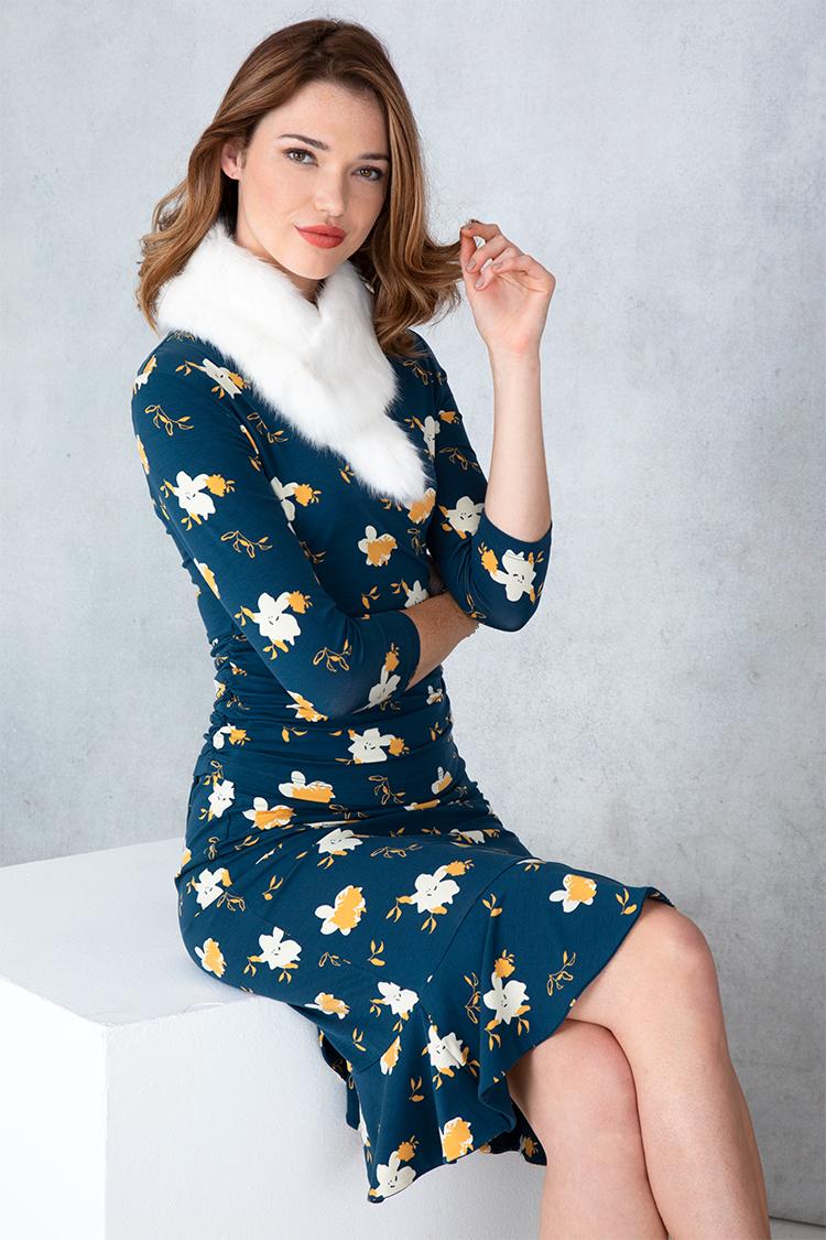 raw-dress_sitting.jpg